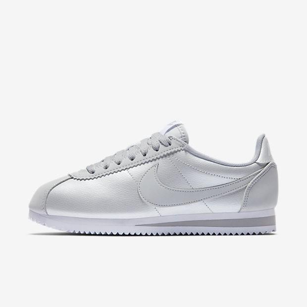 best website 28789 deb40 Nike Classic Cortez Damen Schuhe Reines PlatinWeißReines Platin 807471-015