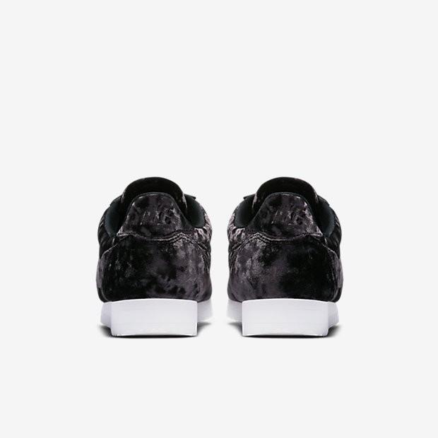 cheap for discount 148bc 90f46 Nike Cortez Classic LX Damen SchwarzSummit WeißSchwarz AA3255-001.  Regulaerer Preis 118,09 €