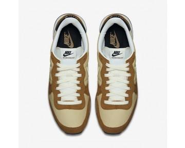 Nike Internationalist Herren Vegas Gold/Rocky Tan/Schwarz/Sail 828041-701